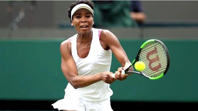 Venus Williams và cuộc phá cách trang phục bất thành