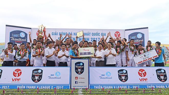 Cầu thủ gốc Nam Định không bất ngờ khi đội nhà lên hạng