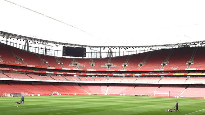 Premier League lo hội chứng sân nhà như Bundesliga