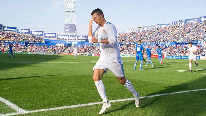 Messi hãy đợi đấy, Ronaldo đã tới đây