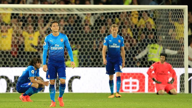 Với Arsenal, Mesut Oezil chỉ còn là nỗi thất vọng vô bờ