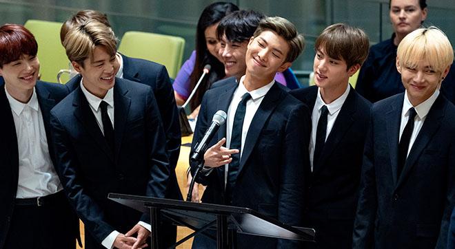 BTS tiếp tục được giới truyền thông Anh 'săn đón'