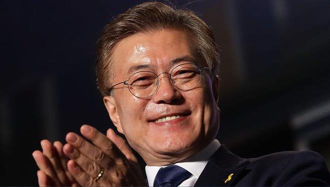 BTS nhận được 'tâm thư' của Tổng thống Hàn Quốc sau 'kỳ tích' BXH Billboard 200