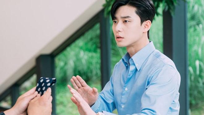 Xem tập 5 'Thư ký Kim sao thế?', Park Seo Joon thấy khó chịu với thư ký mới