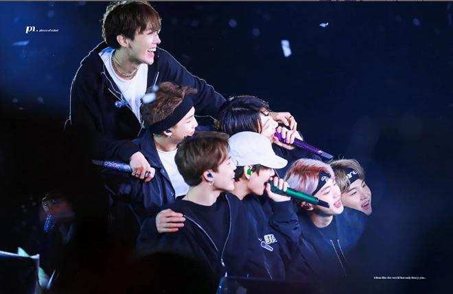 BTS, Tour Speak Yourself, V, J-Hope, J Hope tiết lộ phần khó khăn nhất trong tour diễn Speak Yourself của BTS, BTS Love Yourself, BTS mới nhất, Xem BTS, BTS đẹp trai