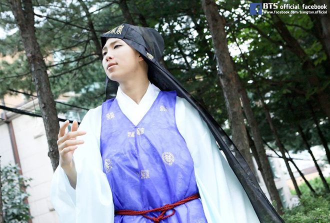 BTS, BTS Trung thu, BTS Chuseok, BTS hanbok truyền thống, BTS ISAC Chuseok Đặc biệt