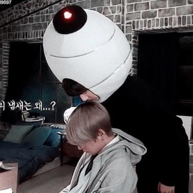 BTS, Jungkook, V BTS, Jungkook hành động kỳ quặc, Em út Vàng BTS, aegyo, tại sao Jungkook BTS lại thích ngửi đầu V đến thế, Bts, bts, BTS tin tức mới, bts world, bts game