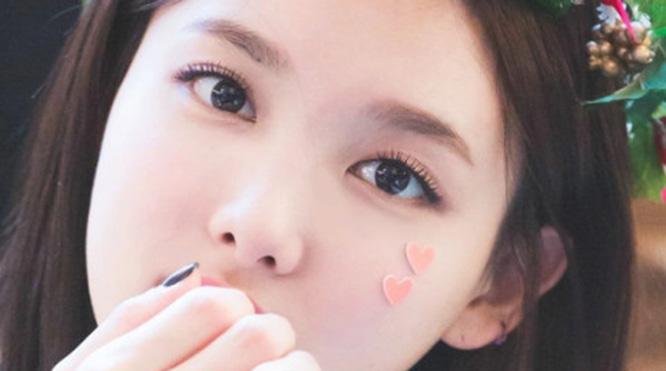 Fan xao xuyến vì đôi mắt đẹp hút hồn của các cô nàng Twice