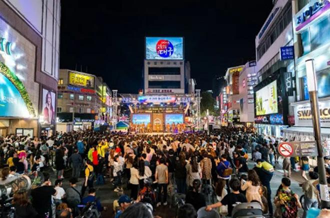 BTS, bts, Suga, V BTS, Daegu, Chợ đêm Chilsung, Công viên Dalseong, Bts