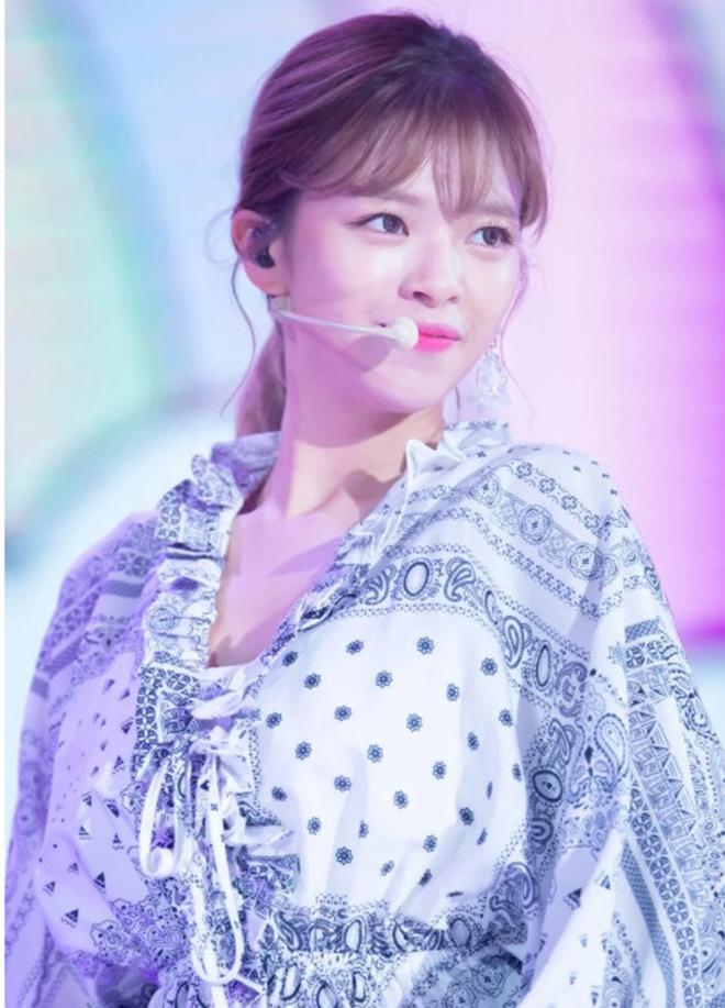 Twice, Jihyo, Nayeon, Jeongyeon, Sana, Mina, Momo, Tzuyu, Twice khó khăn, TWICE, K-pop