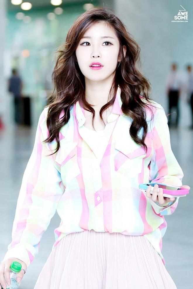 BTS, V BTS, Thần tượng tha thứ kẻ hiềm khích, Naeun Apink, Jane Jang, K-pop