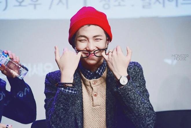 BTS, RM BTS, RM BTS luôn tạo sự khác biệt qua cặp kính, Jungkook, Suga, Jimin