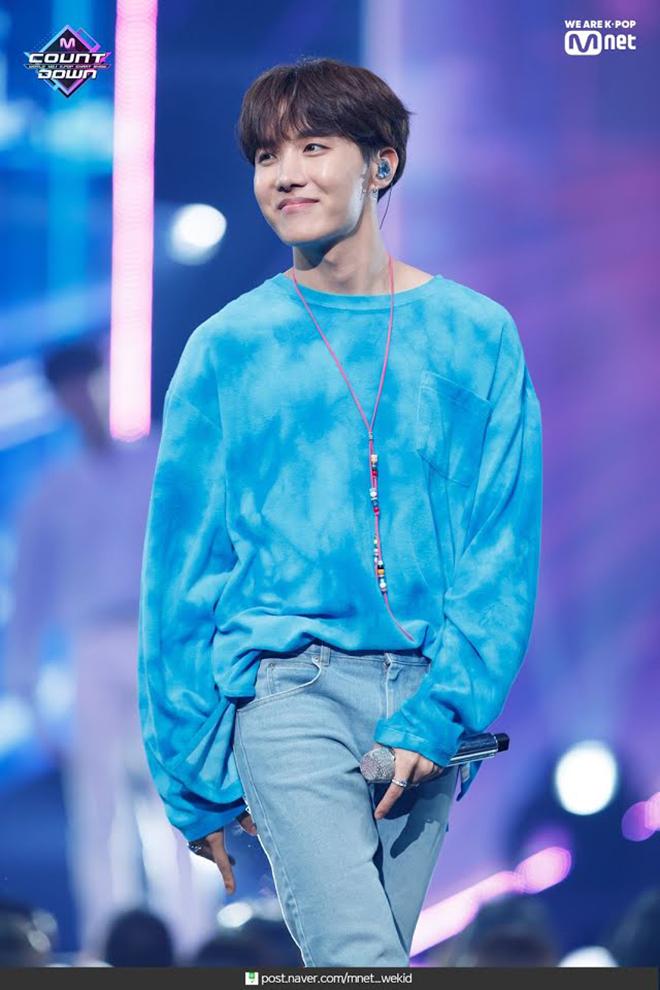 BTS, Lịch sử BTS, RM BTS, J-Hope, Burn The Stage, Jin, V BTS, Supreme Boi