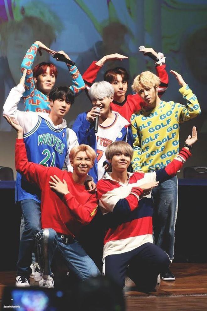 BTS, Jin, Anh cả Jin, Jin trai đẹp toàn cầu, Jungkook, Em út Vàng Jungkook