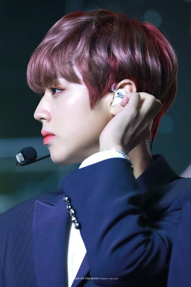 K-pop, Nam thần K-pop có mũi đẹp lạ, V BTS, Ten NCT, Cha Eunwoo ASTRO