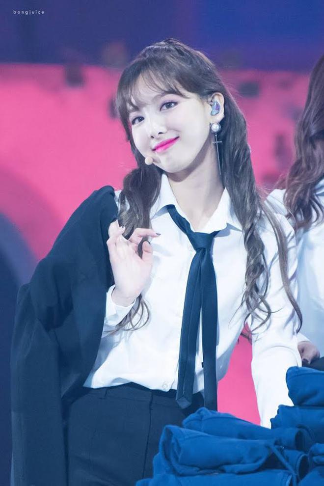 K-pop, Twice, Blackpink, Chaeyoung, Nayeon, Irene Red Velvet, Momoland