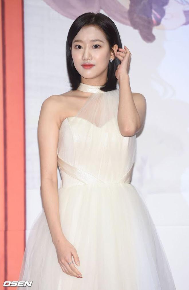 TS, K-pop, Cư dân mạng ác ý, Mammamoo, APRIL, Song Ga Yeon, Sunmi, RBW