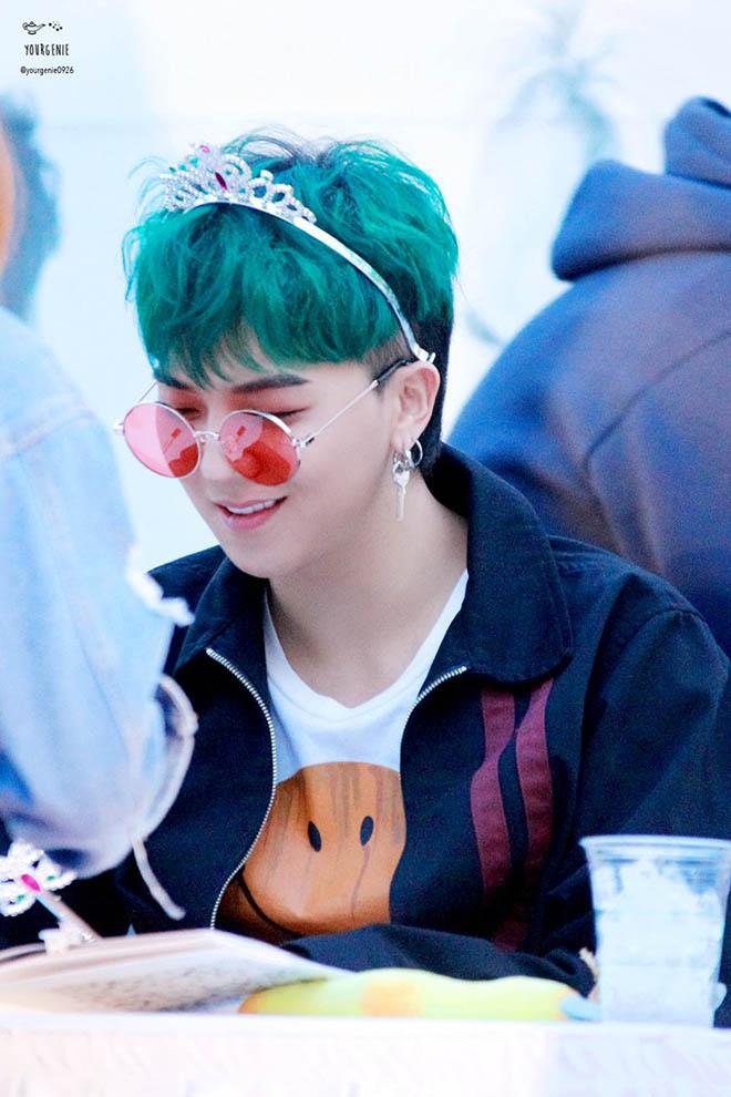 BTS, TXT, Twice, Màu tóc thay đổi như tắc kè hoa, Thần tượng K-pop, Kpop, V BTS, Blackpink