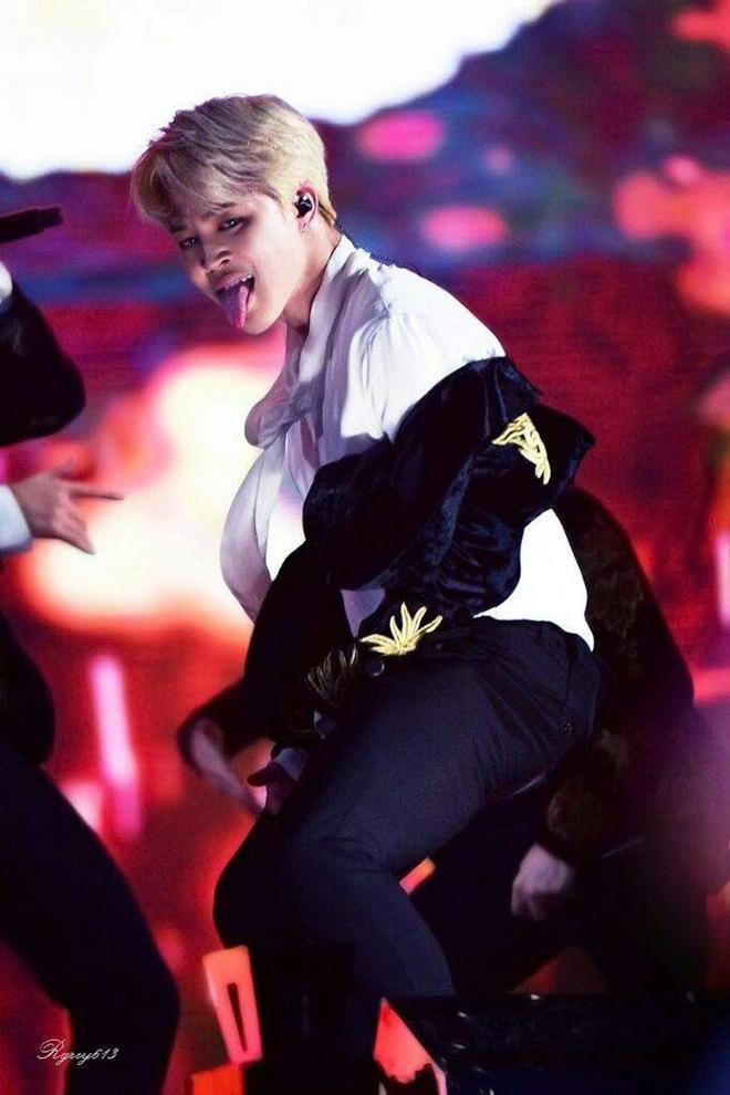 BTS, Twice, Hình ảnh đáng sợ của thần tượng K-pop, V BTS, Suga, MONSTA X, Taemin