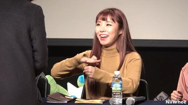 BTS, Nghệ sĩ ngôn ngữ ký hiệu, Saori Fujimoto, Dynamite, Jungkook, Jimin, V BTS