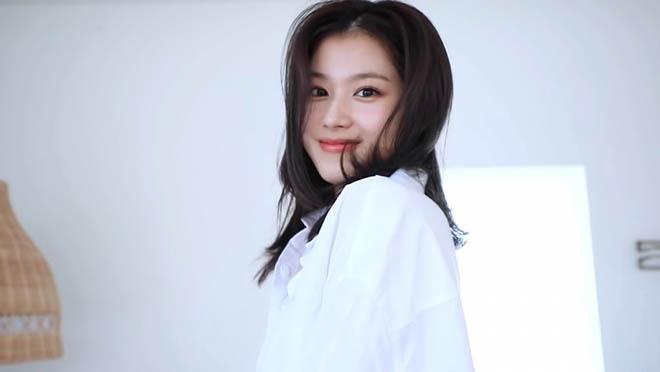 Twice, Sana Twice, Cuốn sách ảnh của Sana Twice, Yes I am Sana, Tzuyu, Mina