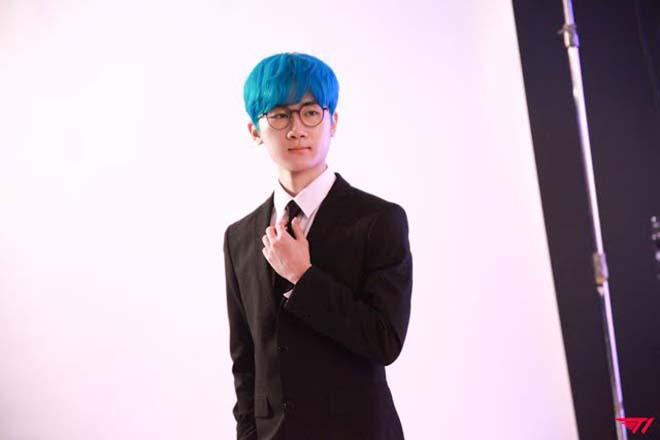 BTS, V BTS, V BTS biến ước mơ của fanboy trở thành hiện thực, Jungkook, Jimin