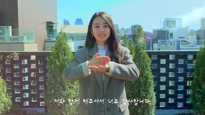 BTS, Blackpink, Thần tượng dùng ngôn ngữ ký hiệu tương tác với fan, Twice, ASTRO