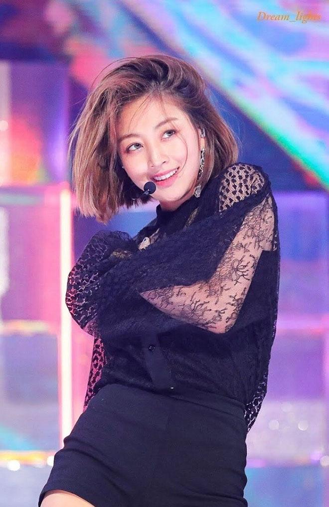 Twice, Profile của Twice, Tiểu sử các thành viên Twice, Nayeon, Chaeyoung, Tzuyu