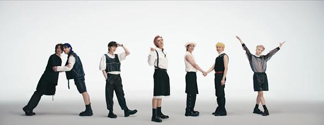 BTS, Jungkook, Jungkook chê Jin già, Butter, Jin, Jungkook chê Jin hơi bất ổn