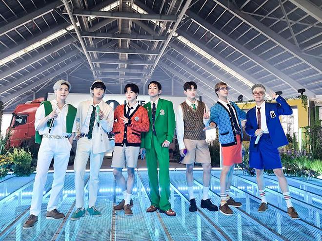 BTS, BTS là nhóm nhạc Kpop xuất chúng nhất mọi thời, EXO, Big Bang, MONSTA,  X