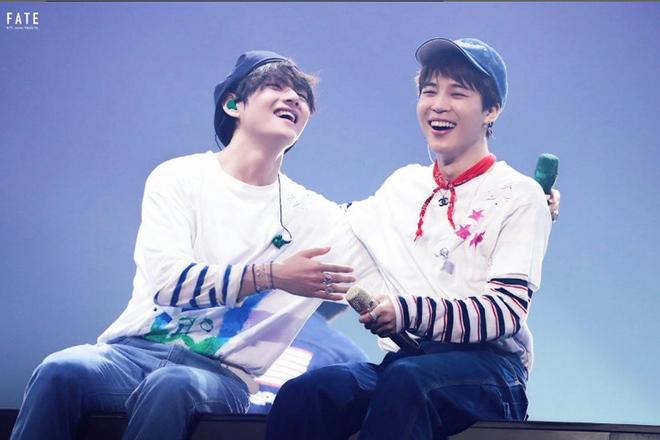 BTS, Jimin, V BST, Muster, Seoul, Spring Day, JJimin, V BTS lại đốn tim khán giả Muster Seoul khi cặp kè nhảy bên nhau lãng mạn như thế này