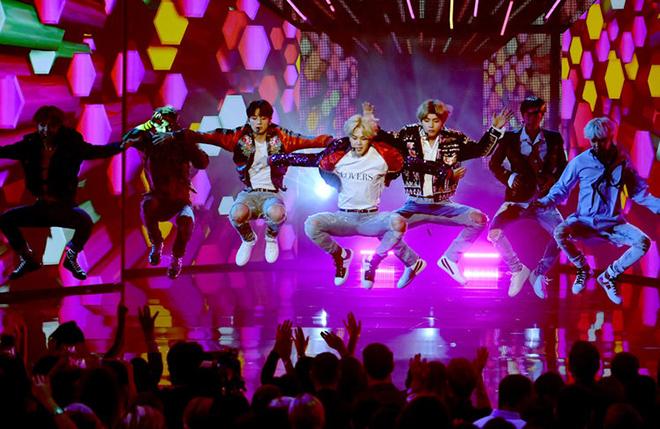 Suga, Suga BTS, BTS, V-Live, Suga khuyên ARMY thấu tình đạt lý, BTS mới nhất, Ảnh BTS đẹp nhất, BTS đẹp trai, BTS cập nhật, BTS tin mới nhất, BTS moi nhat