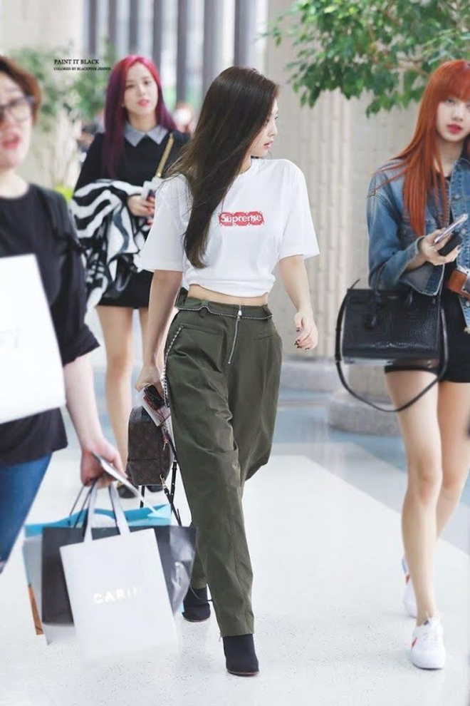 Blackpink, Jennie, Trang phục sân bay của Jennie, Chanel, Ralph Lauren, LOEWE