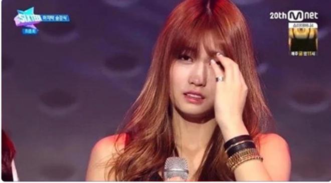 Twice, Tzuyu, Momo, SIXTEEN, Teaser MORE & MORE, Twice tái xuất, JYP, K-pop