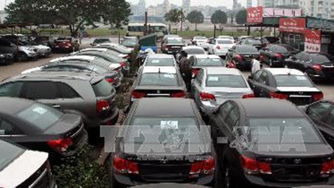 Thuế nhập khẩu tăng, xe ô tô cũ 'khó đường về'