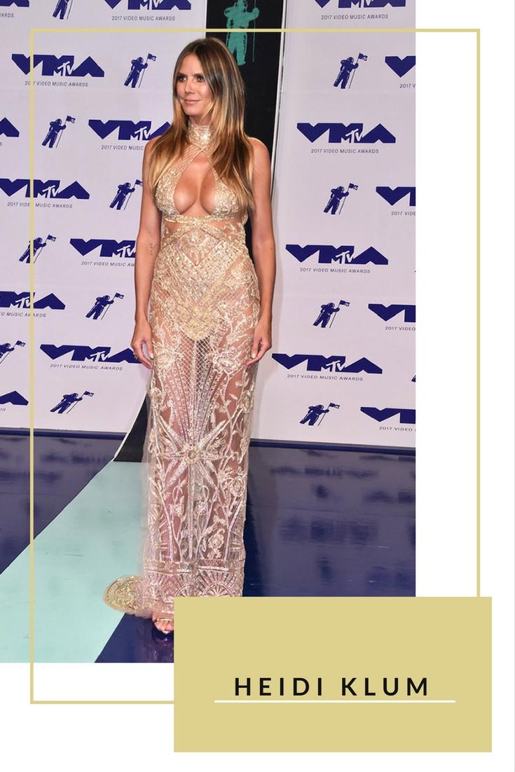 Cựu siêu mẫu Heidi Klum chọn đầm voan dài với đường cut-out gợi cảm ở ngực