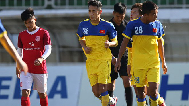 VIDEO bóng đá Việt Nam: U21 Việt Nam đối đầu Hanyan của Hàn Quốc. Văn Hậu sẽ ra sân