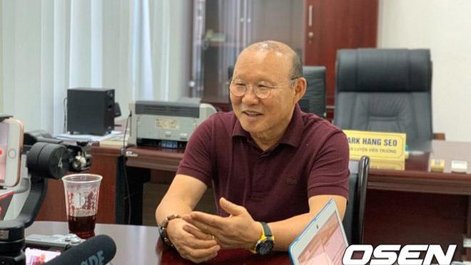 Bóng đá Việt Nam: VFF kiến nghị AFC vụ thầy Park bị khiêu khích