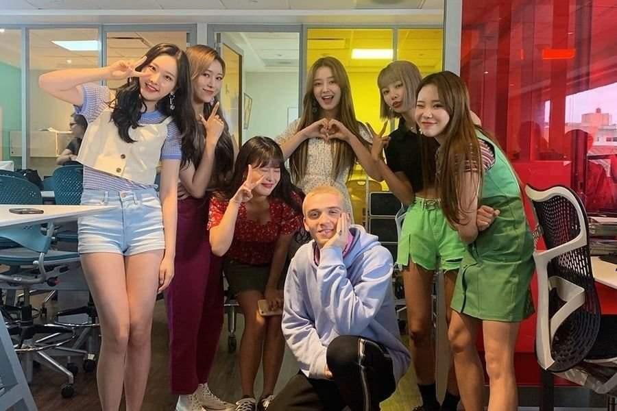 Yeonwoo, Momoland, Yeonwoo rời nhóm nhạc Momoland, MLD Entertainment,