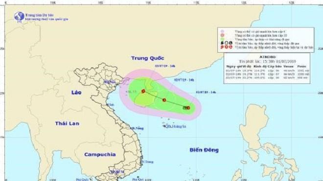 Bão số 2 di chuyển theo hướng Tây Tây Bắc, cách đất liền các tỉnh Quảng Ninh - Hải Phòng khoảng 410 km