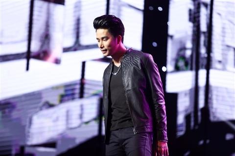 """Hotboy Mạnh Đồng đầy manly trong hình ảnh """"phủi bụi"""""""