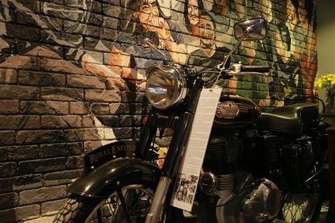 Chiếc moto của Trần Lập tại 1995 Buctuong Story