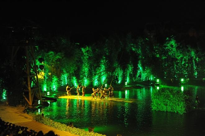 Phần biên đạo được thực hiện bởi các vũ công Kiều Lê,  Hà My, Xuân Sơn, Sơn Dương, Tùng Nguyễn, Đức Minh.