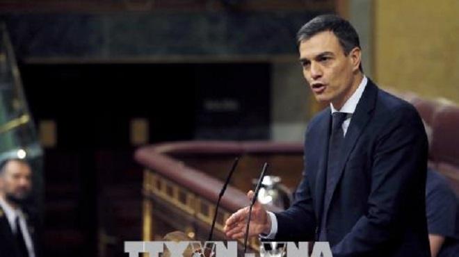 Thủ tướng Tây Ban Nha phủ nhận đạo văn trong luận án tiến sĩ