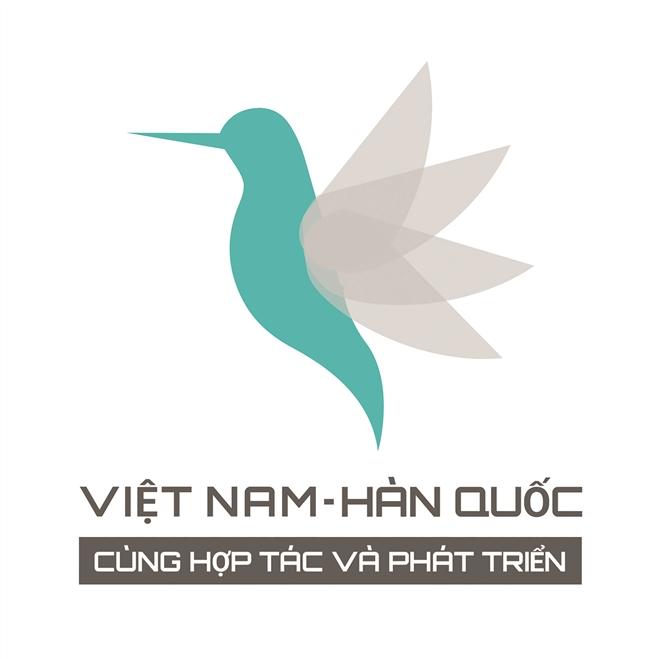 """Sáng tác Logo """"Cùng bay cao"""" của Hoàng Thị Thu Hiền"""