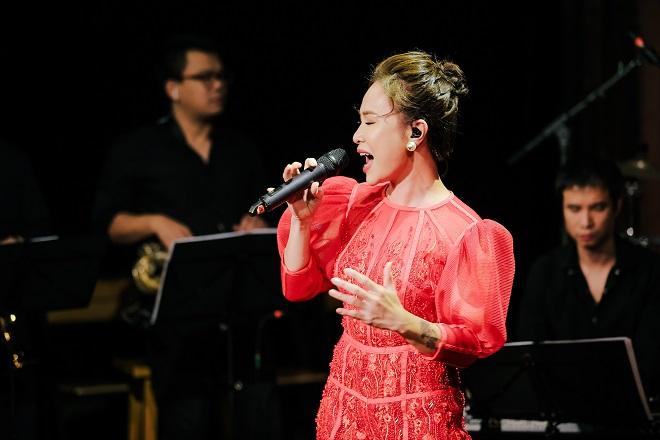 Uyên Linh tại Music Home