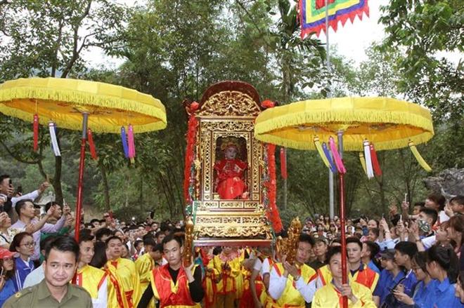 Trong ảnh: Lễ rước nữ tướng của người dân thôn Xuân Tàng, xã Bắc Phú. Ảnh: Quang Quyết-TTXVN