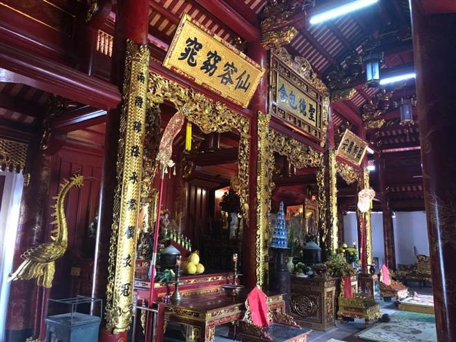 Một góc trong không gian của đền