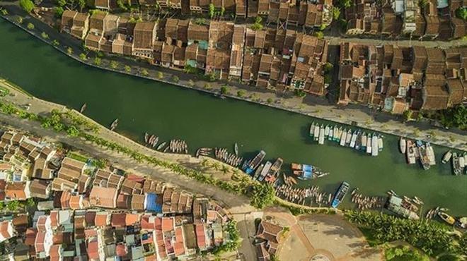 Trong ảnh: Thành phố Hội An (Quảng Nam) bên bờ sông Hoài. Ảnh: Trọng Đạt-TTXVN