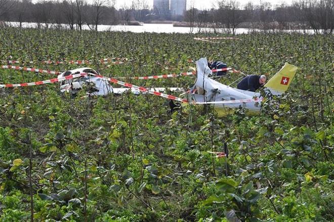 Trong ảnh (tư liệu): Hiện trường một vụ tai nạn máy bay ở Oberhausen-Rheinhausen, Đức ngày 24/1/2018. Ảnh: AFP/TTXVN